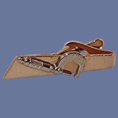 Two-Dimensional Micrometer on Tie Alligator Clip