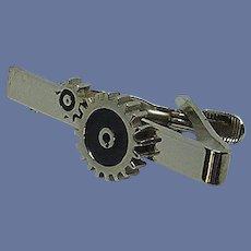 Silver Tone Two-Dimensional Cog Design Tie Clip
