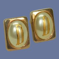 Swank Gold Tone D Initial on Faux Pearl Cuff Links Cufflinks