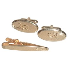 Swank Oval Brushed Gold Tone Cufflinks Cuff Links and Tie Bar