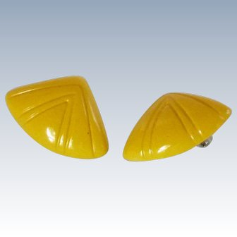 Light Weight Yellow Molded Plastic Clip On Earrings
