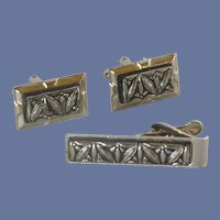 Silver Tone and Black Cufflinks Cuff Links and Tie Bar