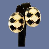St John Crème White and Black Enameled Clip On Earrings