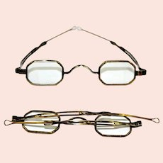 1830s Eyeglasses with Pin-in-Slot Telescopic Loop Slide or Jack Downing Glasses