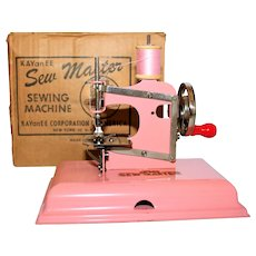 1945 KAYanEE, SEW MASTER Childs Sewing Machine