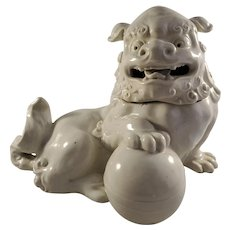 Chinese White Glazed Porcelain Foo Dog Censor With Lid