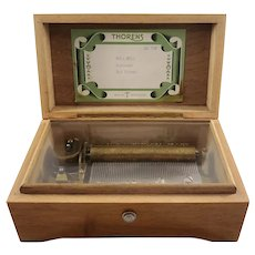 Swiss-made Walnut Veneer Thorens Music Box (Al 350)- 3 50 notes songs