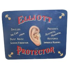 Elliots Ear Display