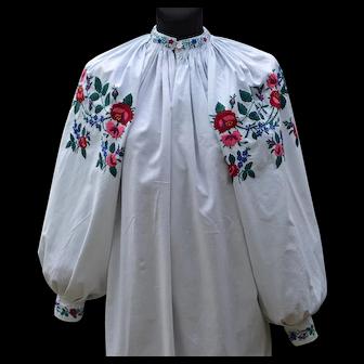 Ukrainian colourful embroidery 1950s | Ukrainian dress vyshyvanka | Vyshyvanka vintage | Ukrainian blouse | Vintage vyshyvanka | Vintage clothing | Women's clothing
