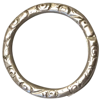 Antique Victorian c1860 Hand Chased Sterling Silver Split Ring 1.7cm Diameter