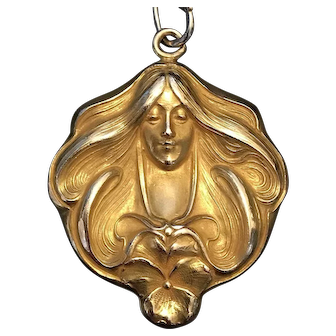 C. 1910s Art Nouveau Flowing Maiden & Pansy Locket in Gold Fill W.S.&B.