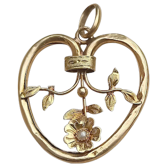 French 19th century antique 18k gold white seed sea pearl flower heart pendant art nouveau gold jewelry