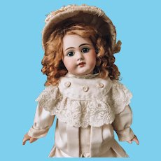 Early French bebe DEP Closed Mouth by Jumeau 46 cm