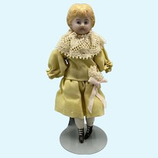 Fine Quality Dollhouse Doll with Bootines - 4.5 Inches