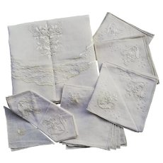 Vintage Italian Linen Tablecloth for 8 sits Hand embroidered w/ Napkins from Trousseau