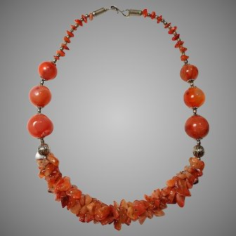 Vintage Carnelian natural gemstone chips and graduating beads polished necklace
