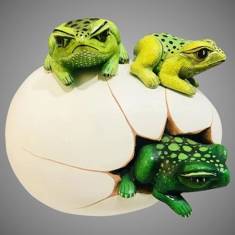 Vintage Bustamante Style Cracked Egg with Green Frogs