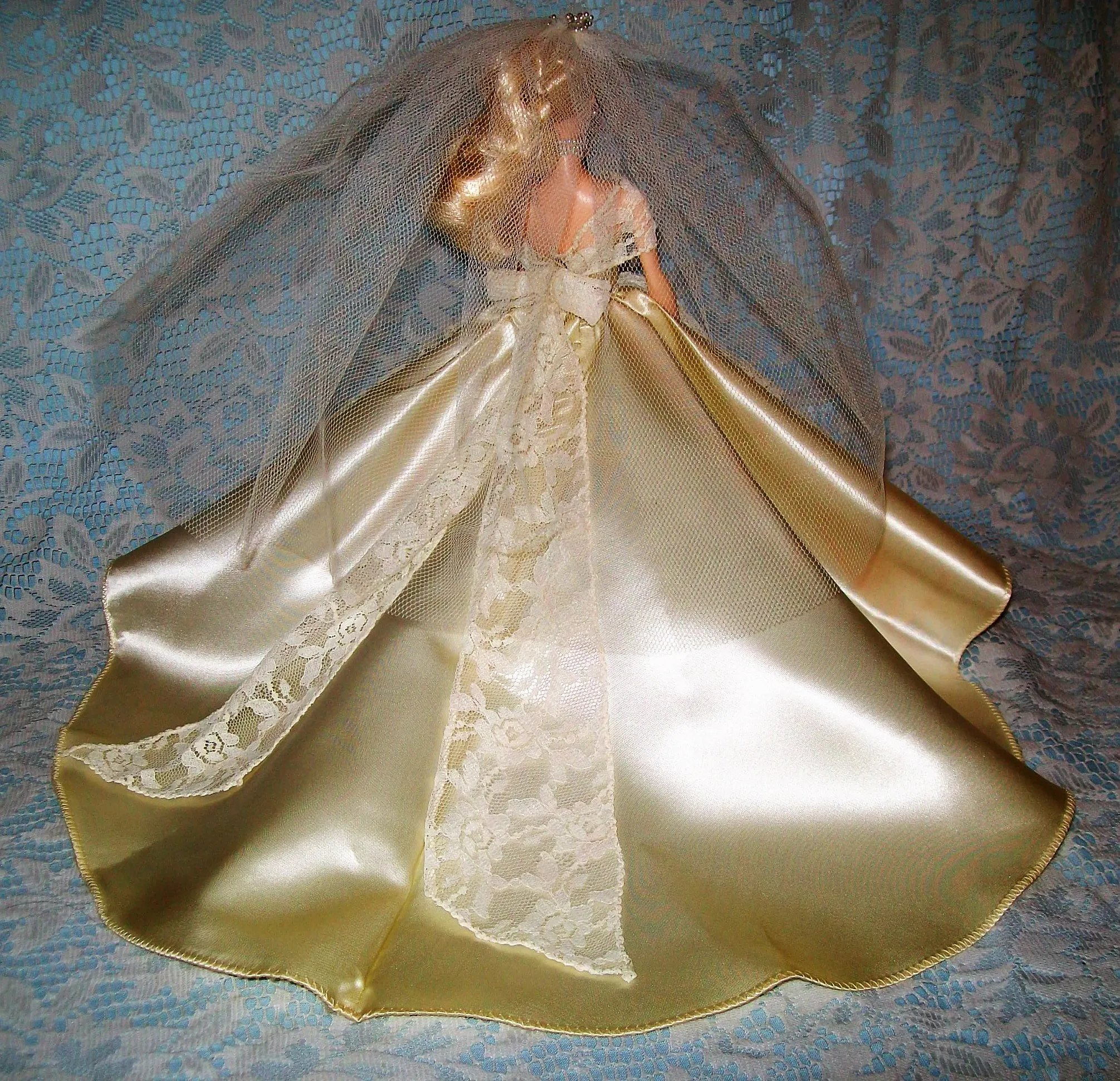 Vintage Wedding Dresses Chicago: Halina's Doll Fashions Of Chicago Barbie Wedding Gown And