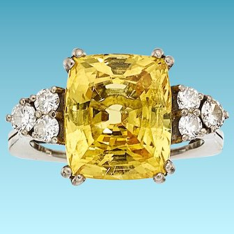 Stunning GIA Certified 9.46ct Natural Yellow Sapphire Ring, accented by 6 Diamonds, set in 18k White Gold, Square Shank Mounting