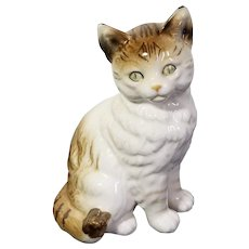 "Vintage Nippon Yoko Boeki Japan Ceramic White Striped Cat Statue Figure Green Eyes 6.5"" Japan Clover Wreath Tabby Cat Collectible"