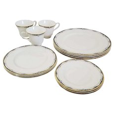 Royal Doulton RHODES H.5099 13pc. Dinner, Salad, Bread & Footed Cups