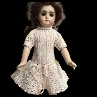 "Vintage crocheted dress for app 11"" doll"