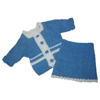 """Vintage knitted costume for app 18"""" doll"""