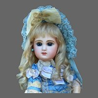 Gabrielle size 11 ~  Antique-Style Medium Blond Mohair Wig