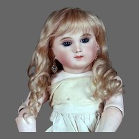 Gabrielle size 9 ~  Antique-Style Medium Blond Mohair Wig