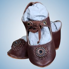 Brown Leather Bebe Shoes with Silk Ties, size 9