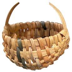 "Early Antique 2 1/4"" Brown Multi Color Split Oak Miniature Buttocks Basket Exceptional Miniature Example"