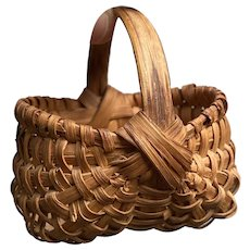 """Early Antique 3"""" Brown Split Oak Miniature Buttocks Basket Double Banded Strap Exceptional Example"""