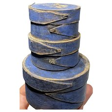 Early 1800s Miniature Original Stack 2-Finger Round Blue Pantry Boxes Great Size Set of 3