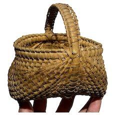 "Exceptional Antique Shenandoah Valley Miniature Brown Basket 5"" Diameter Nice"
