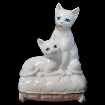 1940 Blue Eyed Cat Night Light