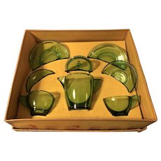 Akro Agate Green Glass Child's Tea Set Box