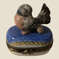 Beautiful Limoges Porcelain Trinket Box Love Bird with an Egg Collectible