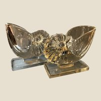Gorgeous New Martinsville Glass Nautilus Shell Bookends Vases