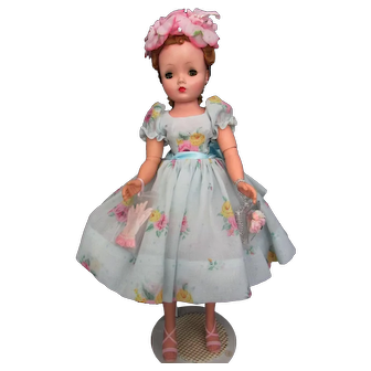 Stunning Cissy Doll In Blue Voile Dressed For Spring