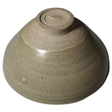 12th Century Song Dynasty Porcelain Celadon Bowl