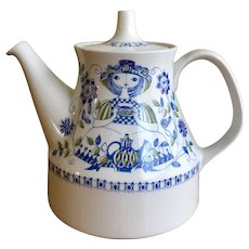 Gorgeous Turi design Figgjo Flint Lotte handpainted tea pot made in Norway