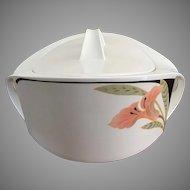 Villeroy & Boch covered vegetable bowl