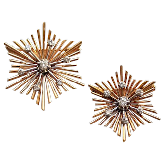 Set of snowflake brooches/pendants in 18 karat gold and diamonds
