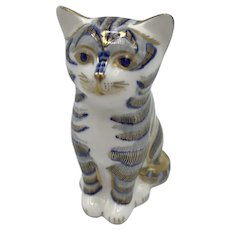 Vintage Royal Crown Derby Grey Kitten Paperweight with box dated 1994