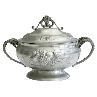 Large French lidded pewter tureen, with detailed grape and vine design