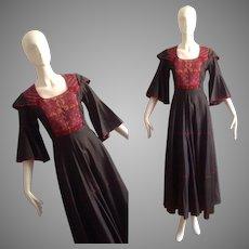 Vintage Boho Hippie Ethnic Dress ~ Hand Embroidered Bib Front Caftan