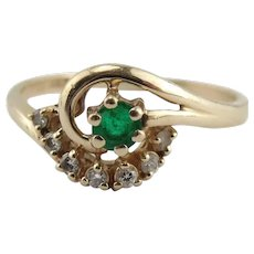 14K Yellow Gold Emerald & Diamond Ring Size 6.5