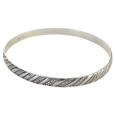 Vintage Signed Danecraft Sterling Silver Etched Scroll Work Bangle Bracelet