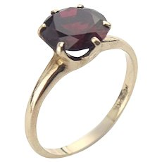 Vintage Uncas 10K Yellow Gold Synthetic Ruby Solitaire Ring Size 6 3/4