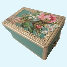 """Miniature Box with Victorian Scrap in Gold and """"Huret Green"""""""